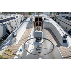 BAVARIA 33 CANNES CHARTER